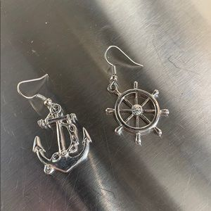 ALDO NAUTICAL SILVER EARRINGS